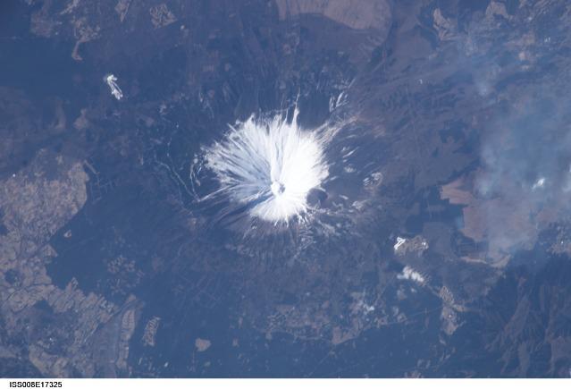 ISS008-E-17325.jpg