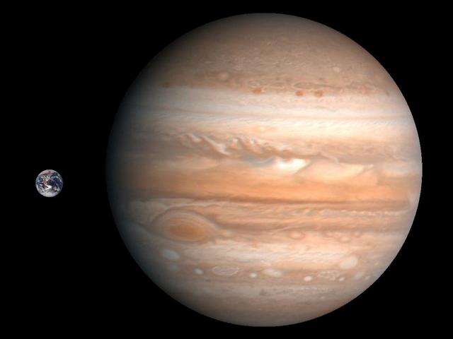 Jupiter_Earth_Comparison.png