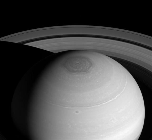 saturn-vortex-rings-cassini.jpg